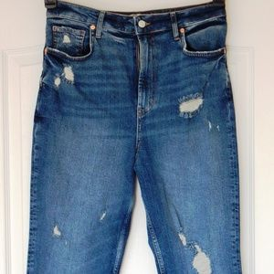 FREE PEOPLE SLIM STRAIGHT DISTRESSED RIPPED JEANS